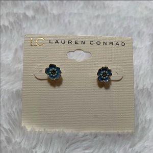 ✨ Lauren Conrad Flower Earrings ✨